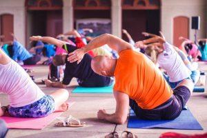 yogagrouppic-transferfactor-4life